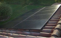 Exemple d'installation d'autoconsommation solaire sur toiture tuile